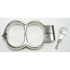 BQS – Sammenstøpte cuffs med lås