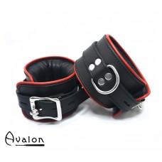Avalon - ALCHEMY - Polstrede Fotcuffs - Sort og Rødt